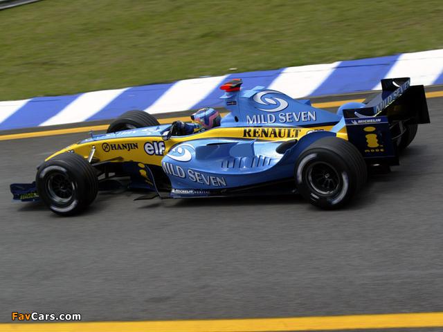 Images of Renault R24 2004 (640 x 480)