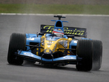 Photos of Renault R24 2004