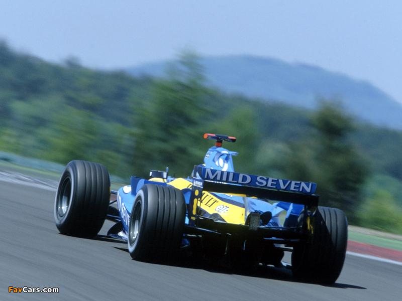 Photos of Renault R24 2004 (800 x 600)