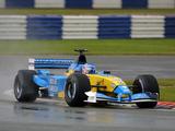 Renault R202 2002 photos