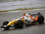 Renault R27 2007 pictures