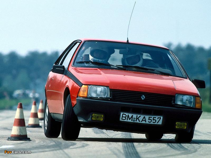 Renault Fuego 1980–86 images (800 x 600)