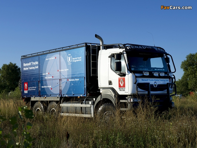 Pictures of Renault Kerax 6x6 Mobile Training Unit 2012–13 (640 x 480)