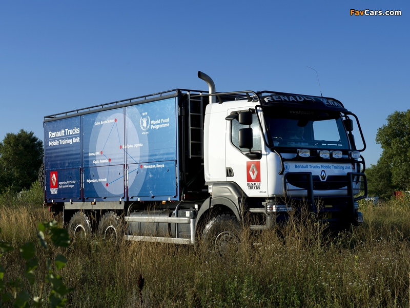 Pictures of Renault Kerax 6x6 Mobile Training Unit 2012–13 (800 x 600)