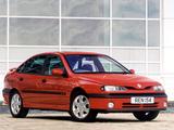 Images of Renault Laguna Hatchback UK-spec 1993–98