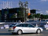 Pictures of Renault Laguna Break 2001–05