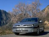 Renault Laguna Hatchback 1998–2000 pictures