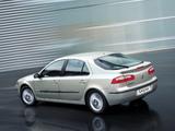 Renault Laguna Hatchback 2000–05 photos