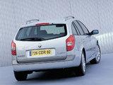 Renault Laguna Break 2001–05 images