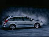 Renault Laguna Break 2001–05 pictures