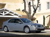Renault Laguna Hatchback 2005–07 images