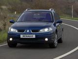 Renault Laguna Break 2005–07 pictures