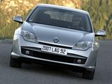 Renault Laguna Hatchback 2007–10 images