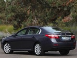 Images of Renault Latitude 2010