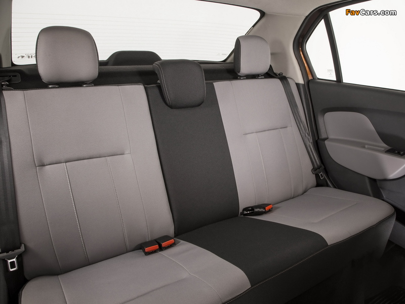 Images of Renault Logan BR-spec 2013 (800 x 600)