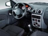 Pictures of Renault Logan 2004–09