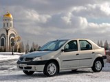 Renault Logan 2004–09 images