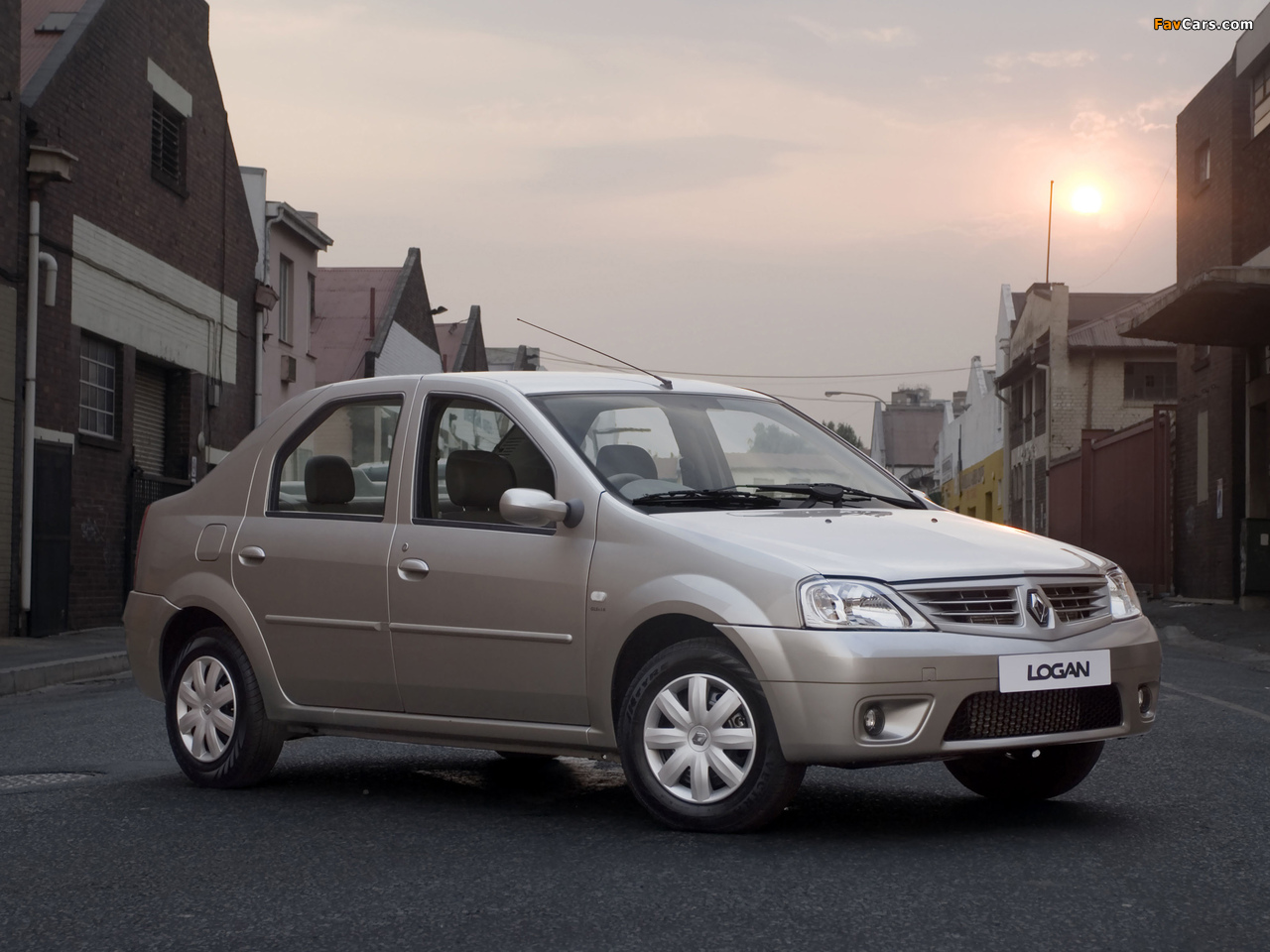 Renault Logan ZA-spec 2008–12 photos (1280 x 960)