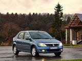 Renault Logan 2009 images