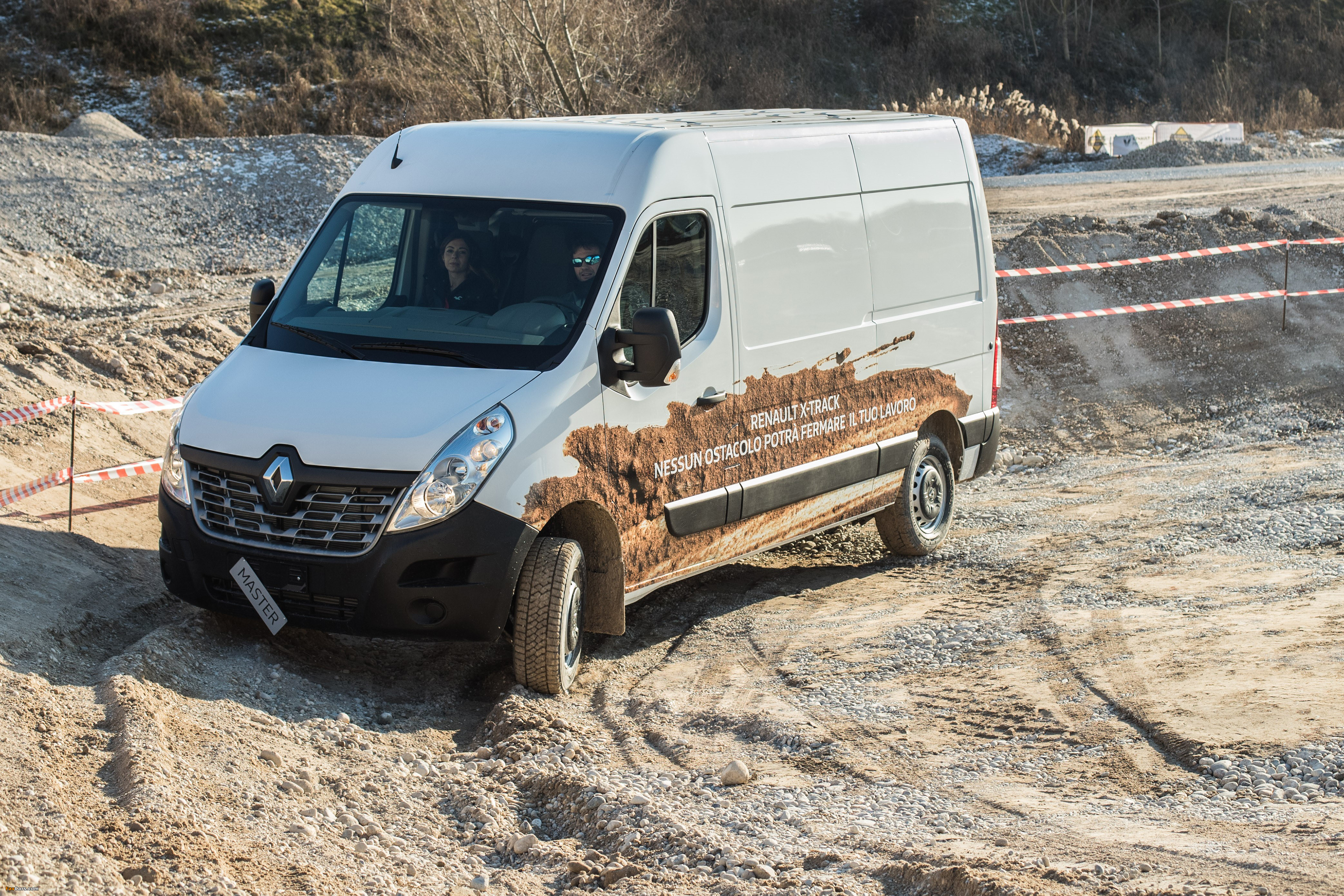 Pictures of Renault Master X-Track L2H2 2016 (4096 x 2730)