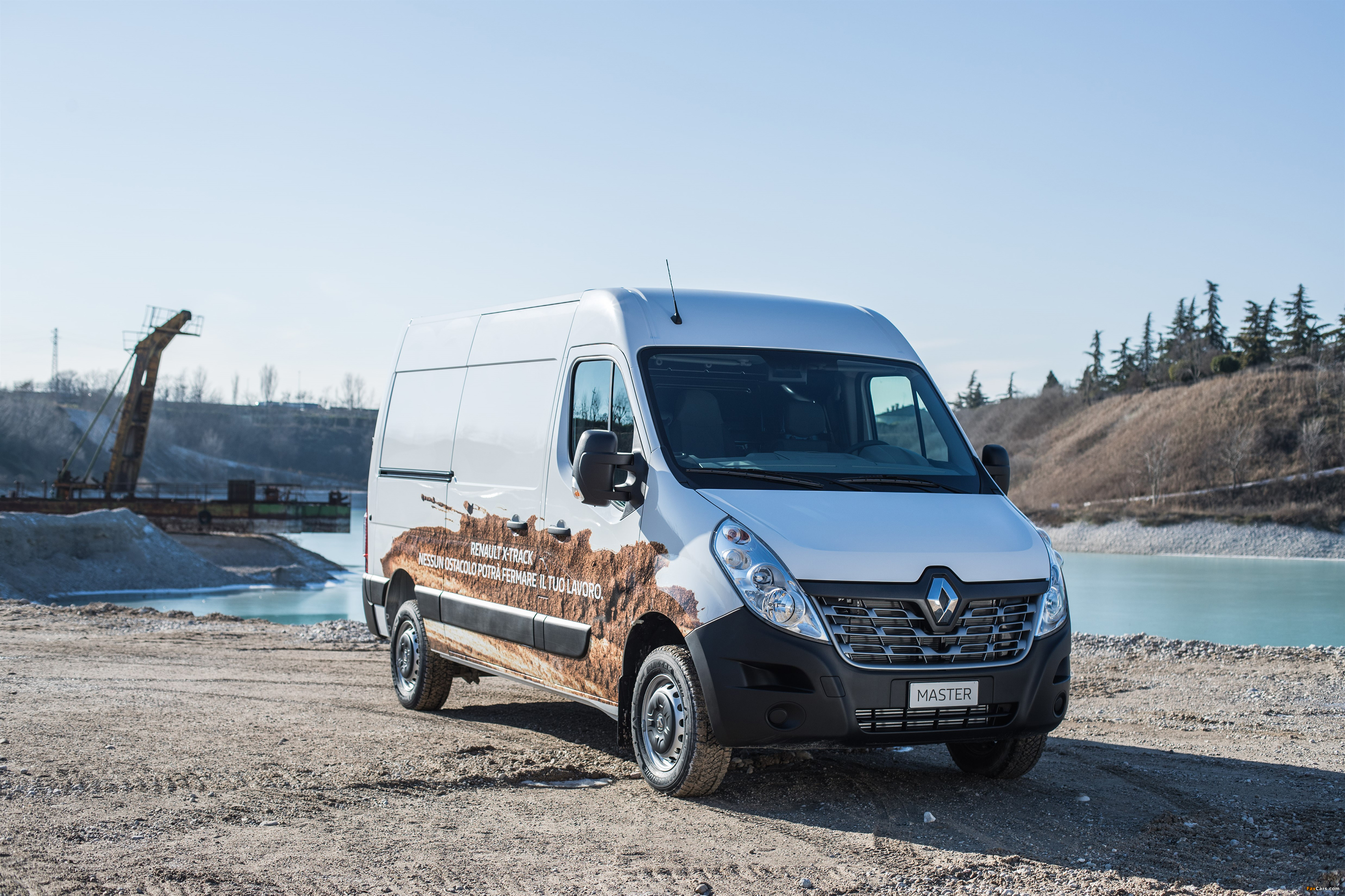 Renault Master X-Track L2H2 2016 wallpapers (4096 x 2731)