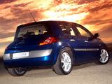 Images of Renault Megane 5-door ZA-spec 2003–06