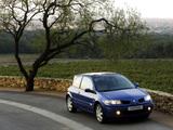Images of Renault Megane 3-door 2006–09