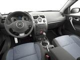 Photos of Renault Megane GT 3-door 2006–09