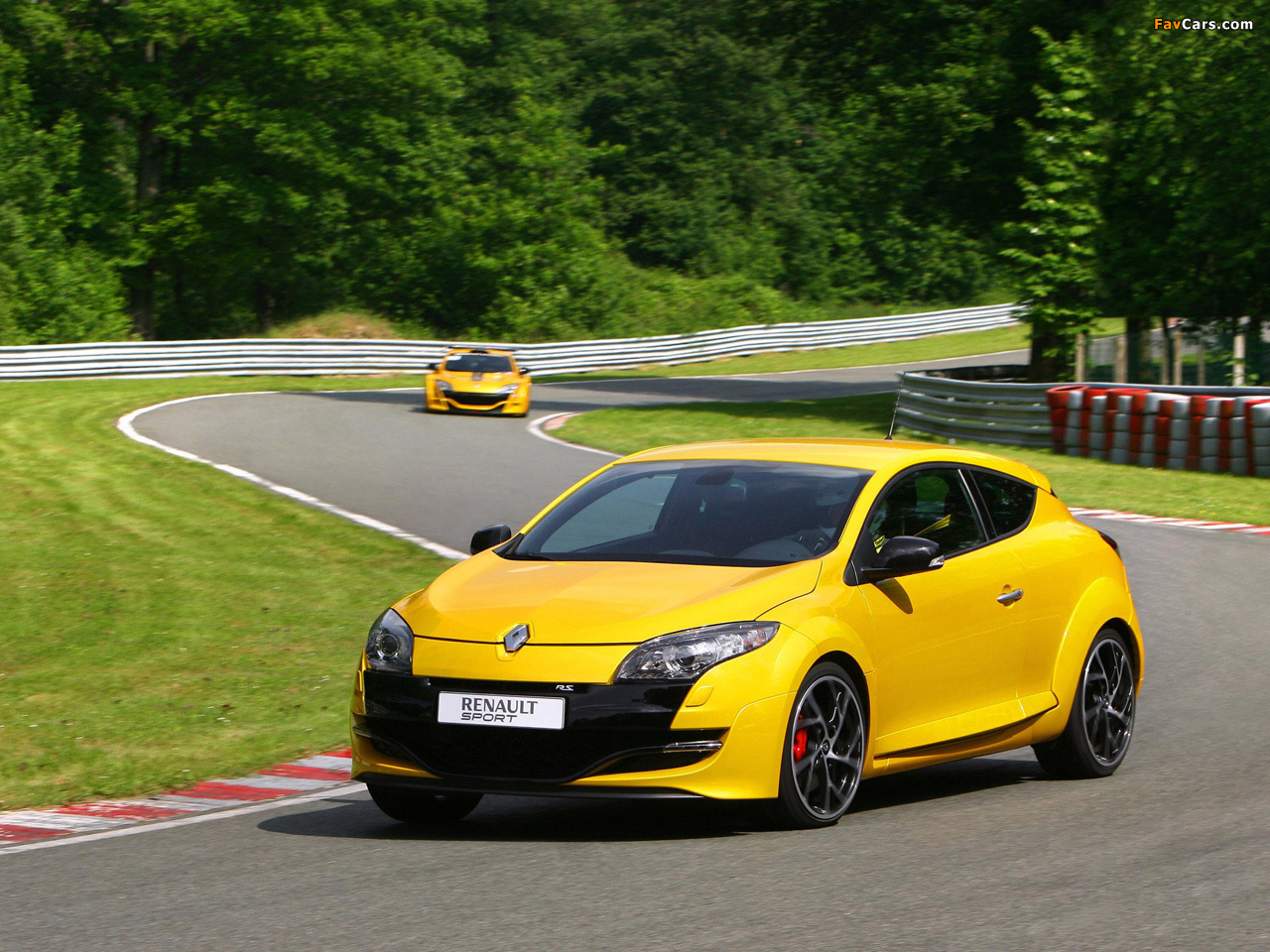 Pictures of Renault Megane (1280 x 960)