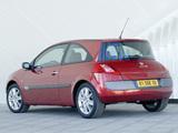 Pictures of Renault Megane 3-door 2003–06