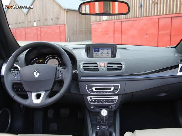 Pictures of Renault Mégane Coupé-Cabriolet 2010–14 (640 x 480)