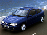 Renault Megane Coupe 1995–99 pictures
