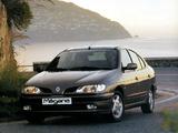 Renault Megane Classic 1996–99 pictures