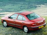 Renault Megane Classic UK-spec 1999–2003 pictures