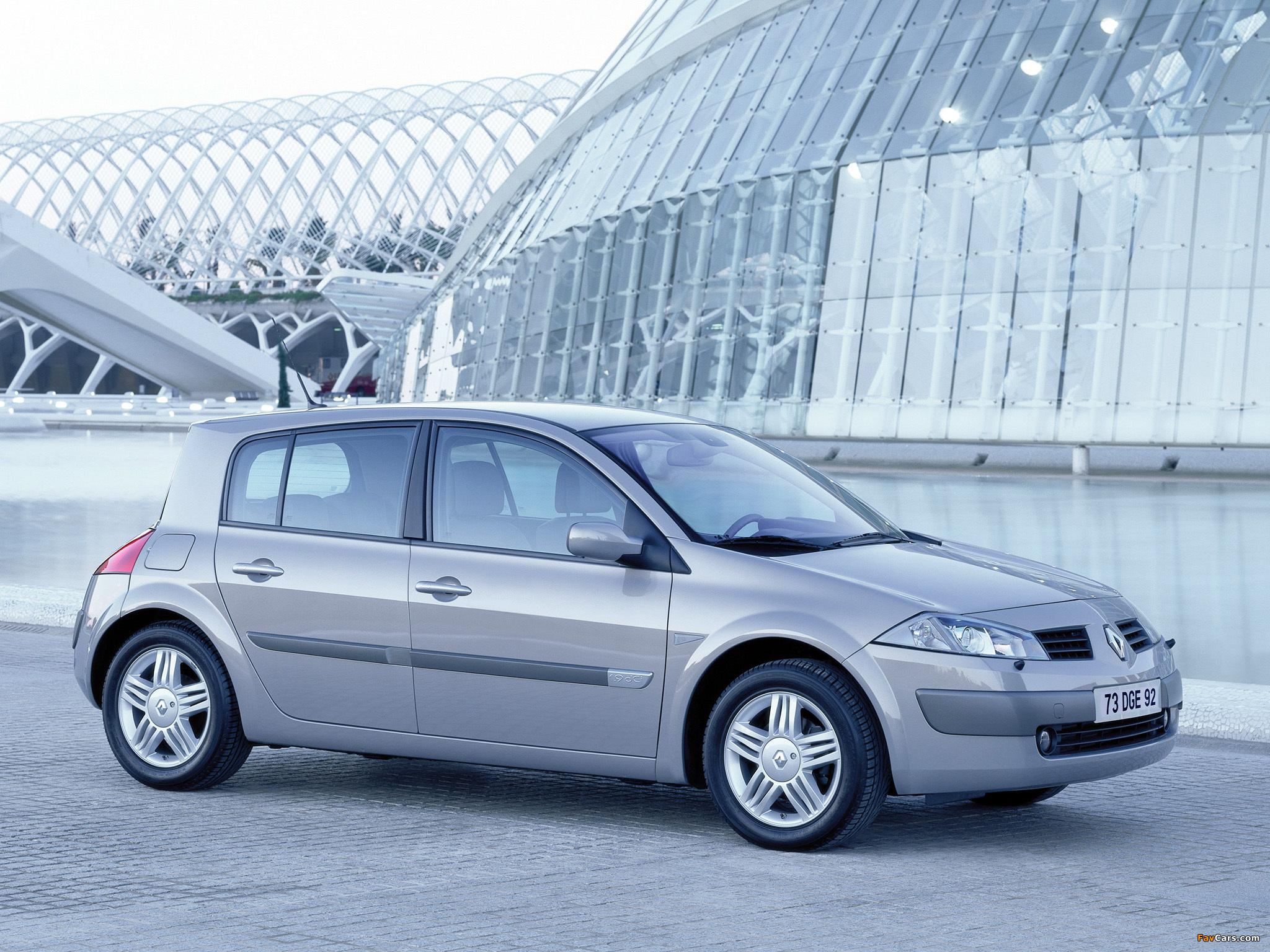 Renault Megane 5-door 2003–06 images (2048 x 1536)