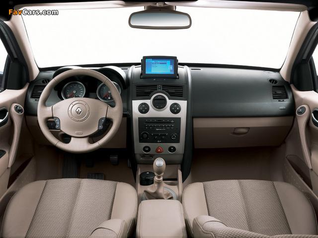 Renault Megane Classic 2003–06 images (640 x 480)