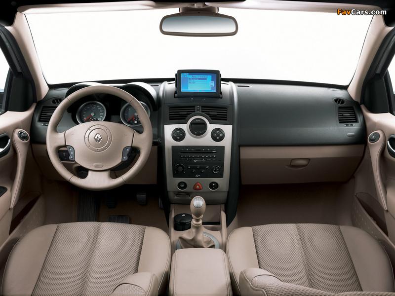 Renault Megane Classic 2003–06 images (800 x 600)