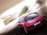 Renault Megane 3-door 2003–06 photos