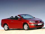 Renault Megane CC ZA-spec 2003–06 pictures