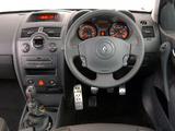 Renault Megane RS 3-door ZA-spec 2004–06 photos