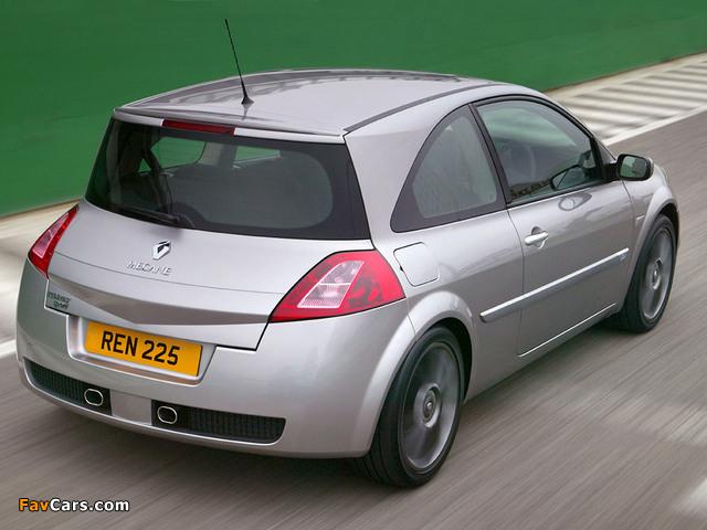 Renault Megane RS Trophy 2005 photos (640 x 480)