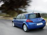 Renault Megane 3-door 2006–09 pictures