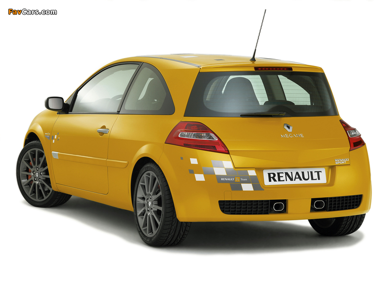 Renault Megane RS F1 Team 2006 wallpapers (800 x 600)