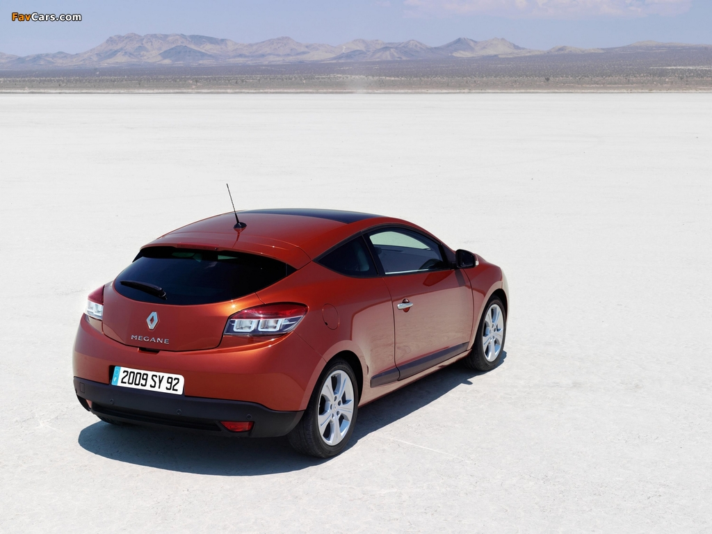 Renault Megane Coupe 2009 pictures (1024 x 768)