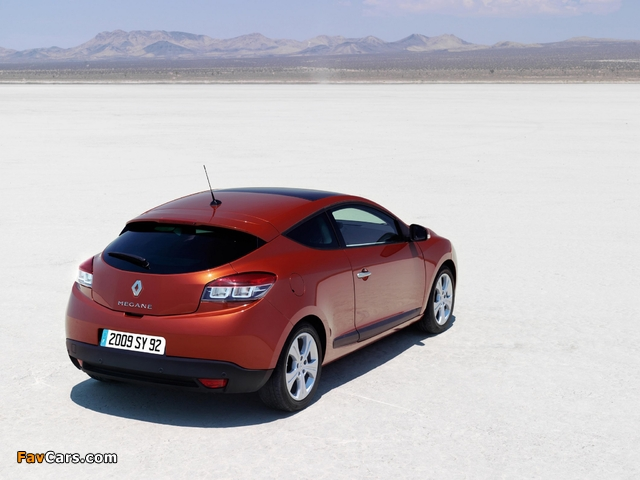Renault Megane Coupe 2009 pictures (640 x 480)