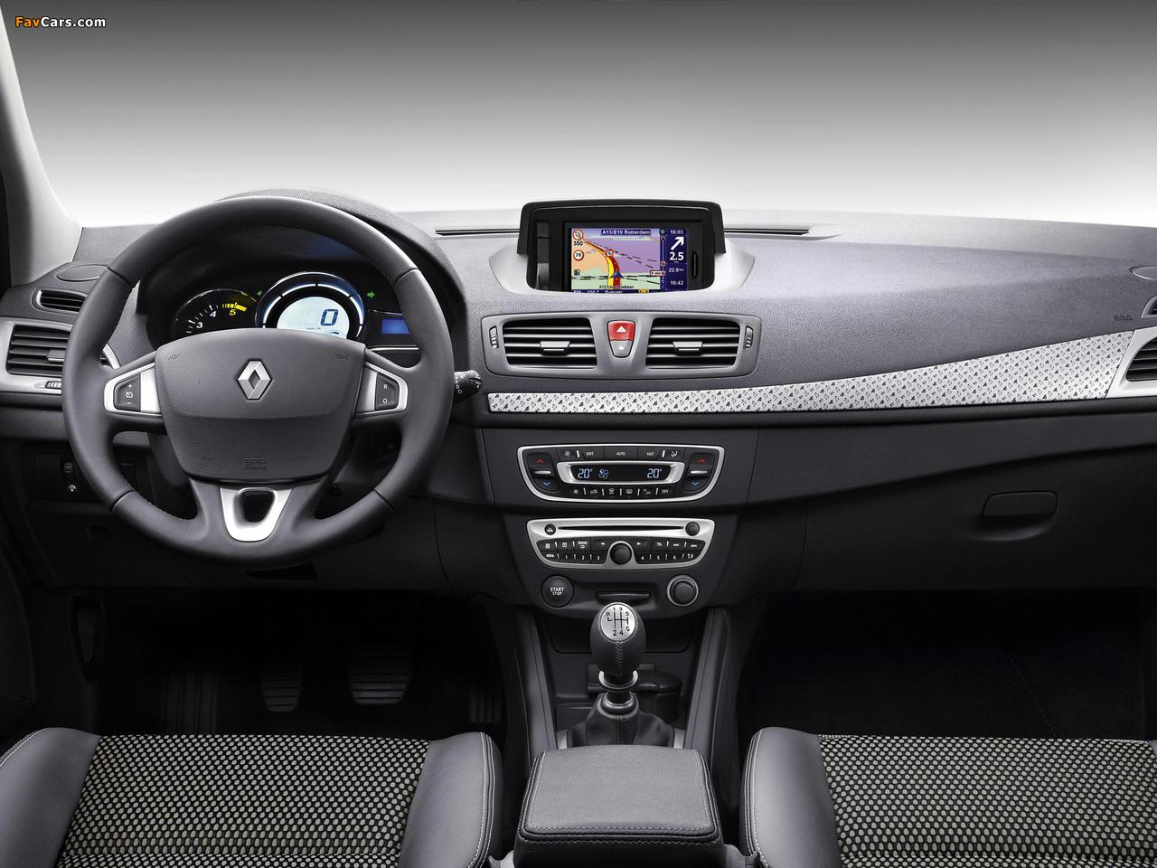 Renault Mégane XV de France 2011 photos (1280 x 960)