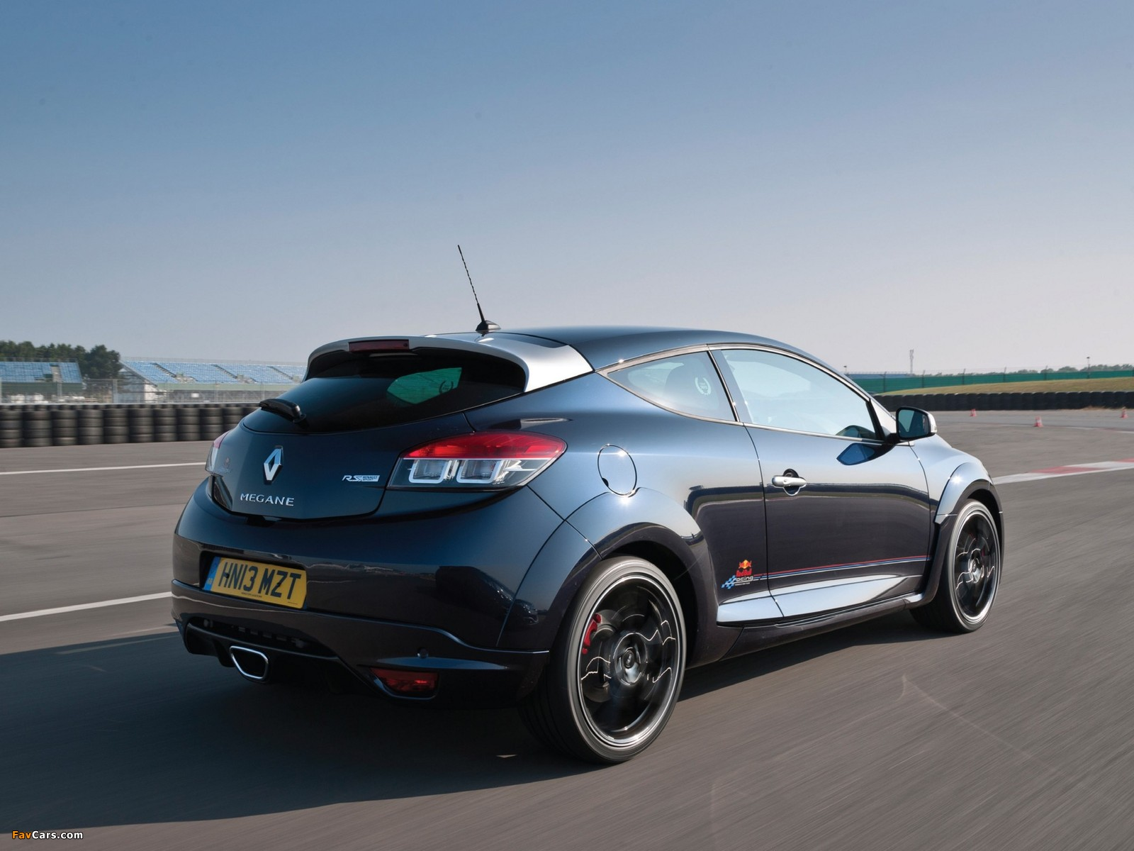 Renault Mégane Renaultsport 265 Red Bull Racing RB8 2013 pictures (1600 x 1200)