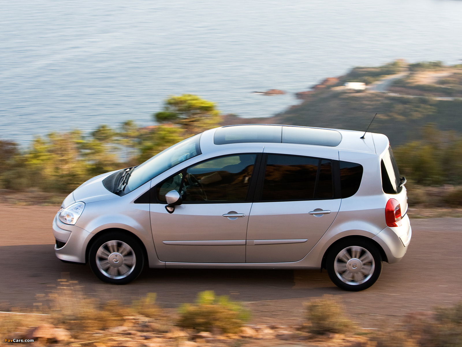 Renault Grand Modus 2007 wallpapers (1600 x 1200)