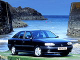 Renault Safrane UK-spec 1992–96 pictures