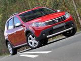 Images of Renault Sandero Stepway ZA-spec 2010